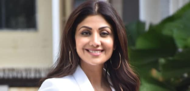 Shilpa Shetty's Cake-Licious Celebrations Continue, And We Cannot Help But Crave Some Too