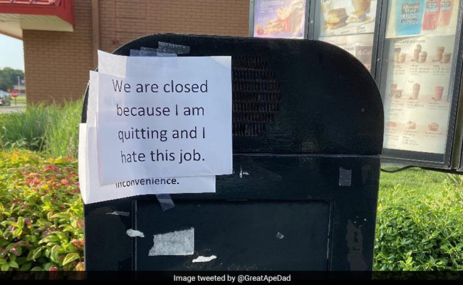 'I Hate This Job': McDonald's Worker Quits By Posting Sign At Drive-Through