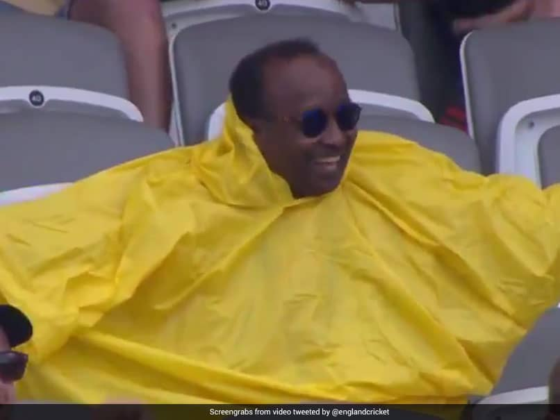 Watch: Rory Burns, Crowd Left In Splits As Spectator Struggles With Raincoat