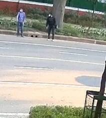 दिल्ली : CCTV में दिखे इजरायली दूतावास ब्लास्ट के संदिग्ध, पहचान छिपाने के लिए उतार दी थी जैकेट