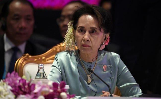 Myanmar Protesters Wear Flowers To Mark Suu Kyi's 76th Birthday