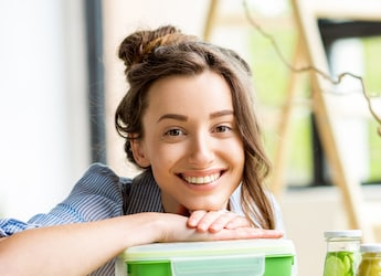 5 Lunch Box Options To Keep Your Food Hot And Fresh