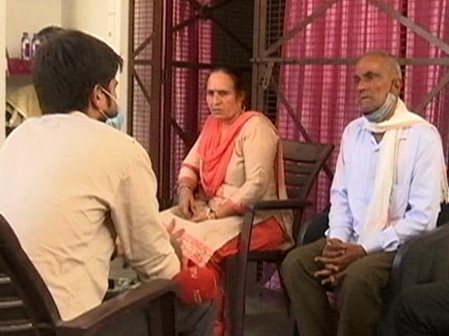 Video : Industries and NGOs Help Rural India In Combating COVID