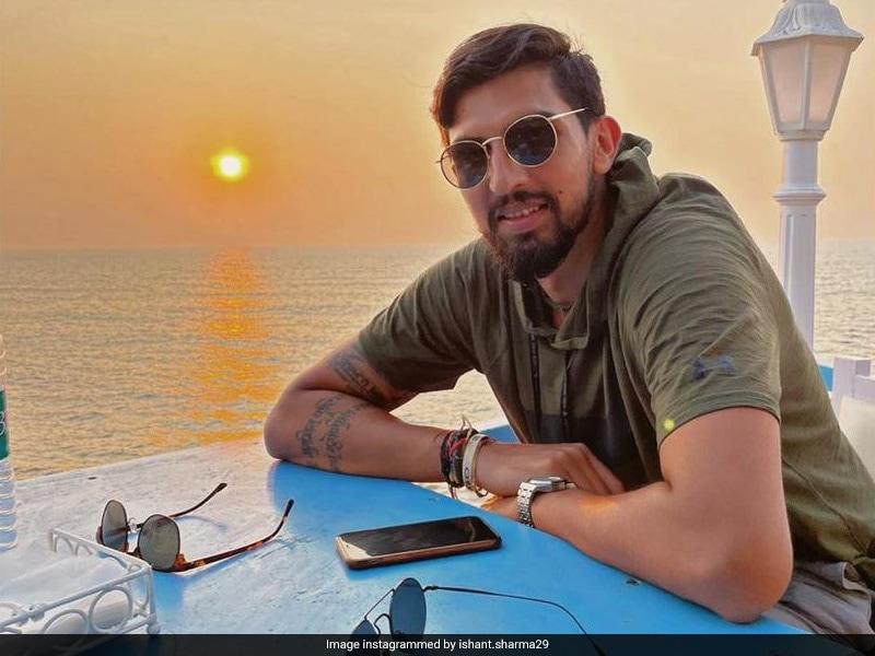 Mango Partner: Ishant Sharma Shares Photo With Mayank Agarwal As They Relax