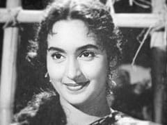 On Nutan's Birth Anniversary, Son Mohnish Bahl Shares This Priceless Pic