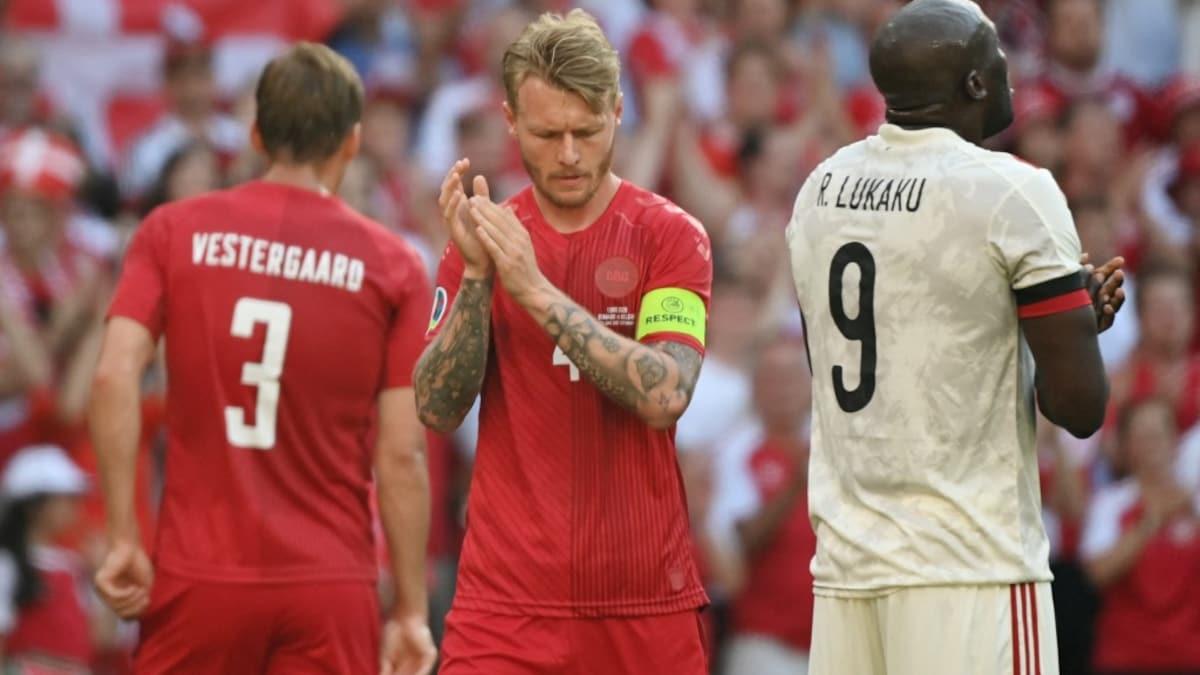 UEFA Euro 2020: Denmark And Belgium Halt Game To Applaud Christian Eriksen - NDTVSports.com thumbnail