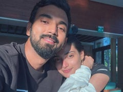 """""""Absolutely Stunning"""": Suniel Shetty's First Impression Of Athiya Shetty And KL Rahul's Debut Collaboration"""