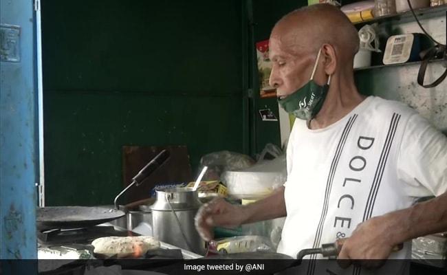 'Baba Ka Dhaba' Couple Back In Their Old Eatery Again As Restaurant Fails