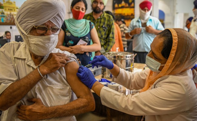 Government Notifies Facilities in Pune And Hyderabad For Covid Vaccine Testing