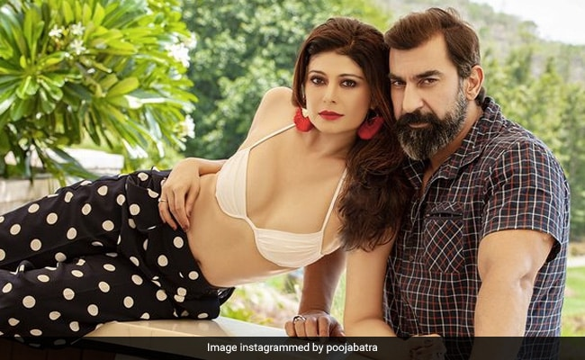 Pooja Batra 'Really Likes' This Pic With Husband Nawab Shah. Easy To See Why