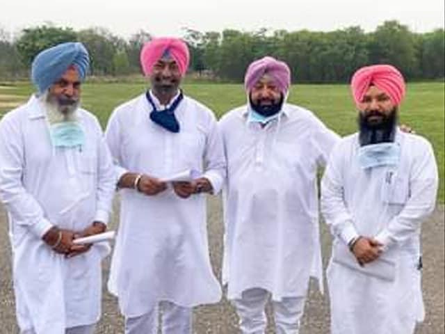 Video : Before Leaving For Key Delhi Meet, Amarinder Singh Welcomes 3 AAP MLAs