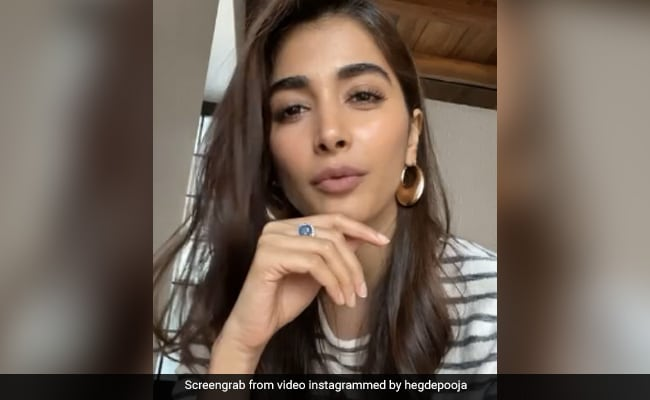 Pooja Hegde?s Latest Post Is All About ?Strong Women?