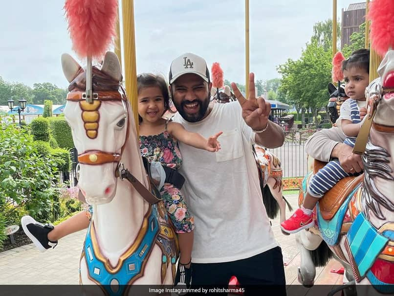 """Rohit Sharma Shares A """"Pure Joy"""" Moment With Daughter Samaira"""
