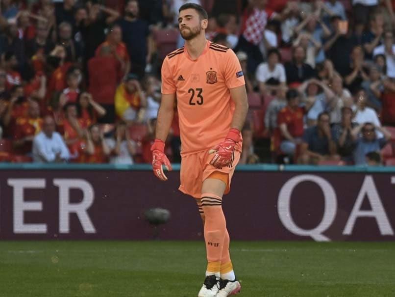 Euro 2020: गोलकीपर ने की अजीबोगरीब गलती, अपनी ही टीम के खिलाफ करवा दिया गोल- Video Viral