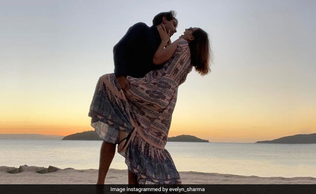 Actress Evelyn Sharma Shares Pic From Her Honeymoon With Husband Tushaan Bhindi