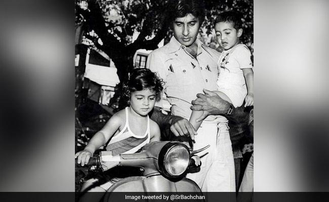 Navya Naveli Has This To Say About Shweta Bachchan Nanda's Throwback Post With Amitabh And Abhishek Bachchan