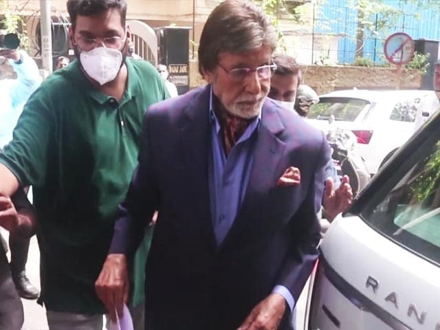 """Video : Entertainment News: Big B Resumes Shoot and Britney Spears says """"I want my life back"""""""