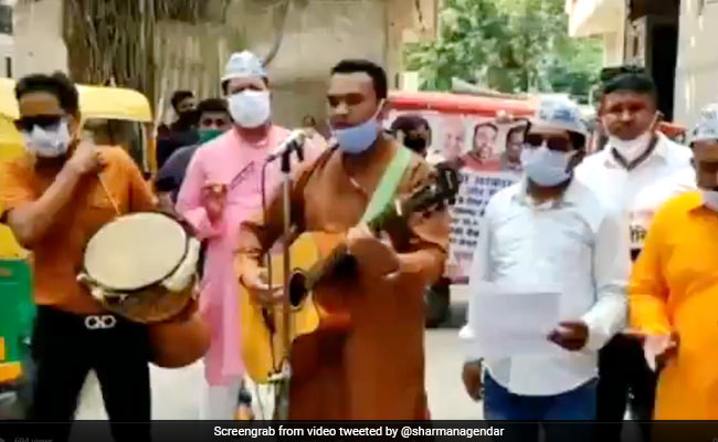 Watch: AAP MLA's Vaccine Message On The Streets With Bollywood Retro Song