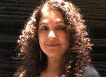 Watch: Neena Gupta Calls Her Husband 'Mumma's Boy'; The Reason Will Leave You In Splits