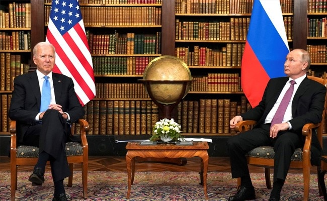 """Putin Says """"May Be Compromises"""" With US On Prisoner Exchange"""