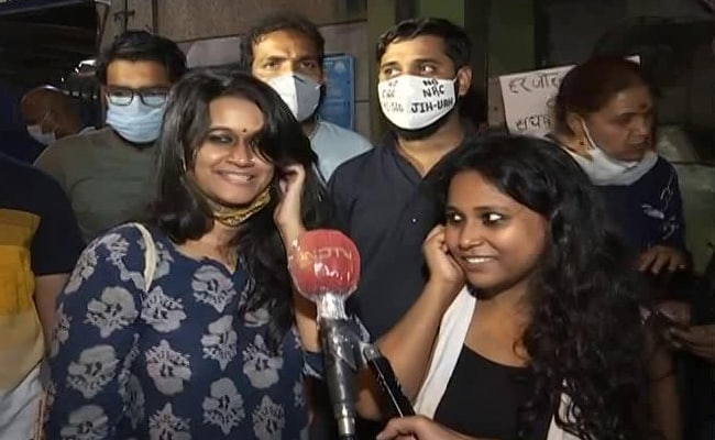 """""""They Won't Be Able To Threaten Us With Jail:"""" Student-Activists Released"""