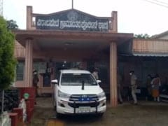 मानसिक रूप से कमजोर व्यक्ति को पुलिस ने पीटा, अस्पताल में टूटा दम, 8 पुलिसकर्मी निलंबित