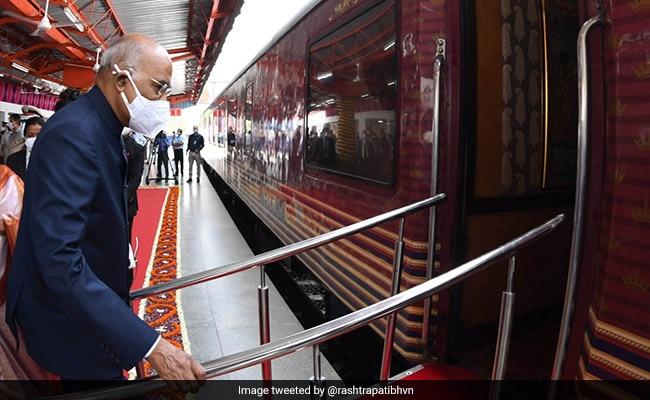 President Kovind Takes Train From Delhi To Native Village In UP's Kanpur