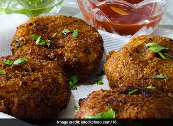 Bread Poha, Roti Tacos And More: 7 Easy Homemade Snacks Recipes You Must Try
