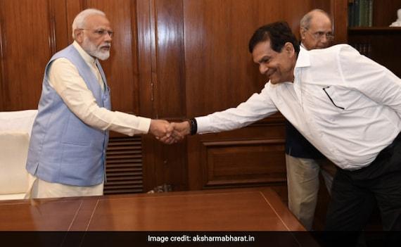 PM मोदी के करीबी और पूर्व IAS अधिकारी एके शर्मा बने यूपी BJP के उपाध्यक्ष