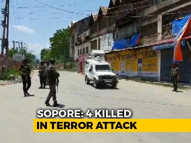 Video : 2 Policemen, 2 Civilians Killed In Terror Attack In J&K's Sopore