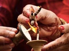 Happy Kajari Teej 2021: Share These Wishes, Messages, Quotes, WhatsApp, And Facebook Status On Badi Teej