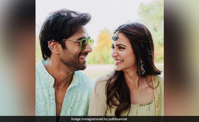 Find Someone Who Looks At You The Way Pulkit Samrat Looks At Girlfriend Kriti Kharbanda