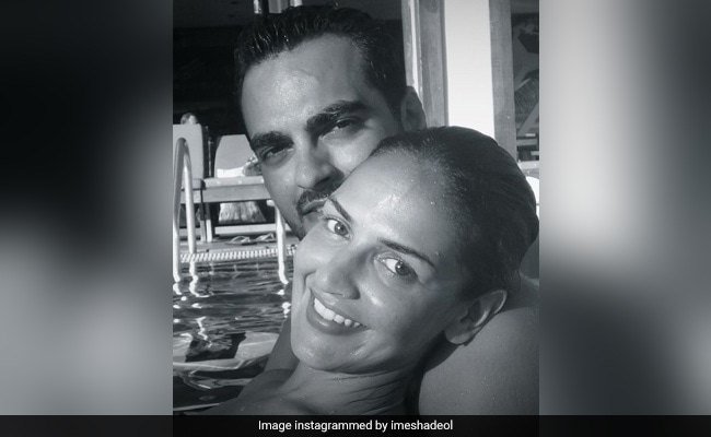 In Esha Deol's Anniversary Post For Bharat Takhtani, A Glimpse Of Their 'Forever Love'