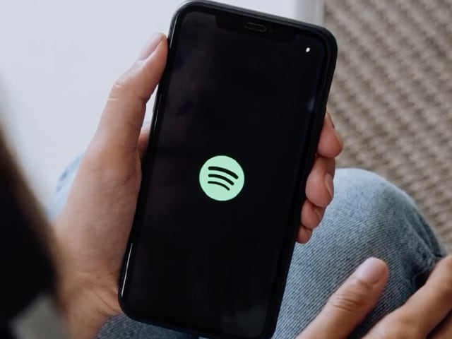 Video : Upload Your Podcast on Spotify for Free: Beginner's Guide