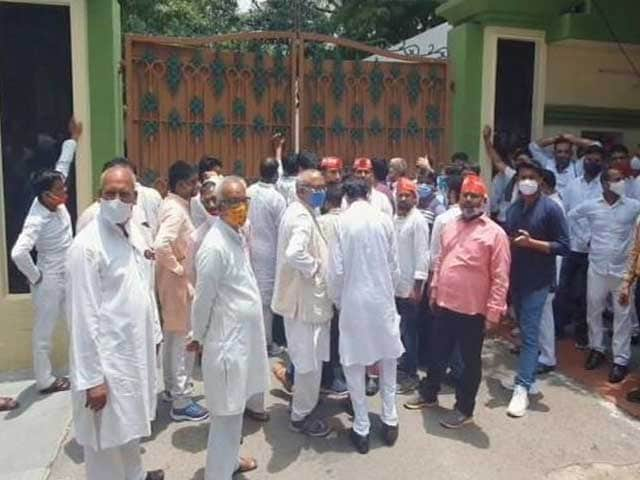 Video : UP Polls On Radar, MLAs From Mayawati's Party Meet Akhilesh Yadav