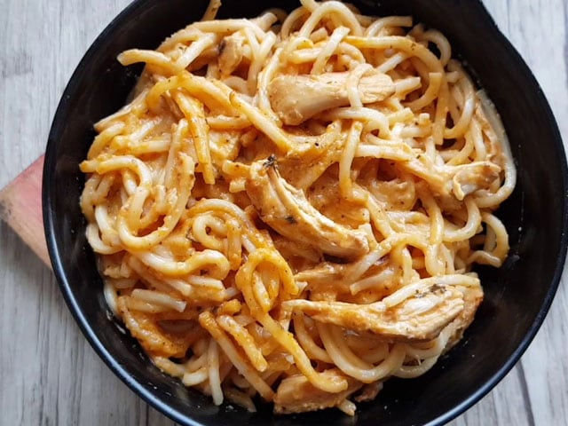 Video : How To Make Butter Chicken Noodles   Easy Butter Chicken Noodles Recipe Video
