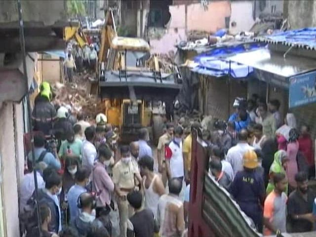 Video : 11 Dead, Including 8 Children, As Building Collapses On Another In Mumbai