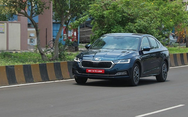 The new Skoda Octavia is offered in two variants - Style and Laurin & Klement.