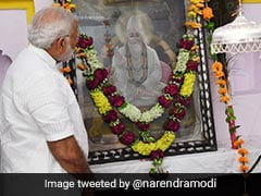"""""""Path Shown By Kabir Will Continue To Inspire Generations"""": PM Modi"""
