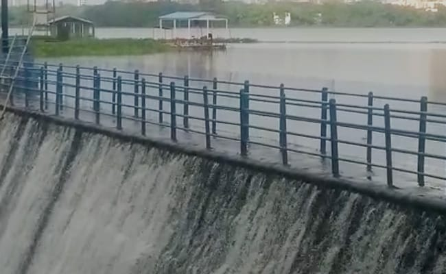 Mumbai's Powai Lake Overflows Due To Heavy Rains