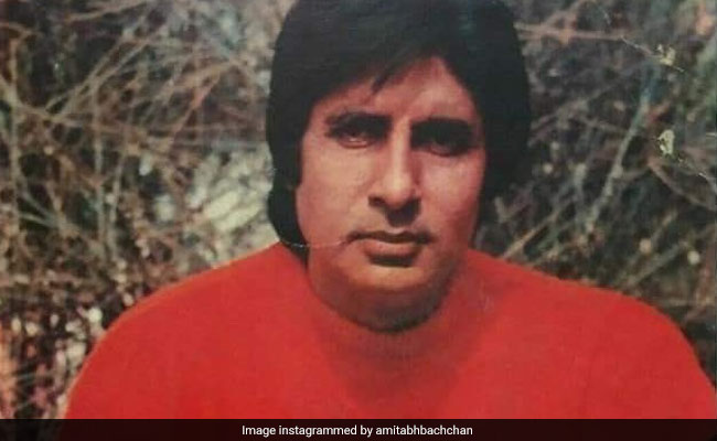 Struggling With Instagram, Amitabh Bachchan Cropped His Face Out In ROFL Post
