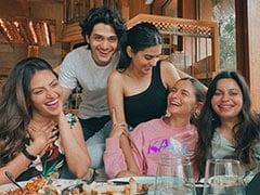 Inside Pics From Alia Bhatt's Brunch With Friends. What's The Joke, Alia?