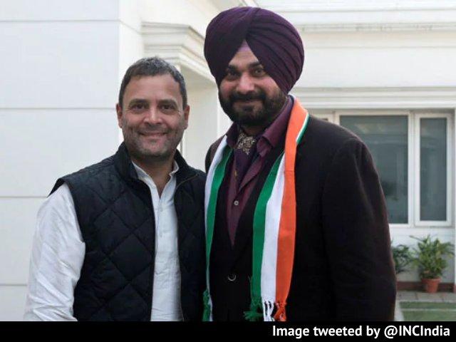 Video : Navjot Sidhu Meets Rahul Gandhi In Delhi Amid Punjab Congress Infighting