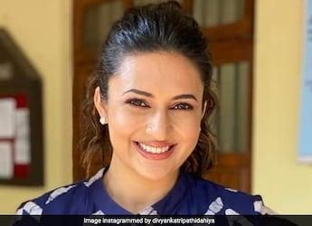 Divyanka Tripathi Gives Pancake A Miss For Udaipuri Kachori With Kadhi