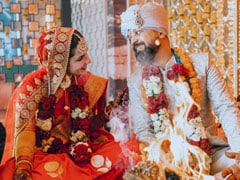 Angira Dhar And <i>Love Per Square Feet</i> Director Anand Tiwari Are Now Married. See Wedding Pic