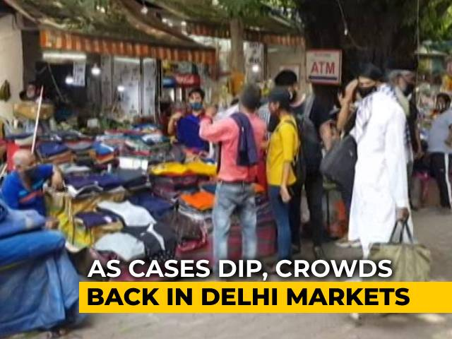 Video : Crowd Control At Markets Responsibility Of Officials, Say Delhi Traders' Bodies