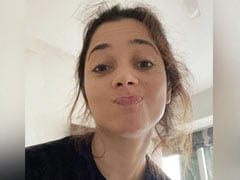 """""""To Shower Or Not To Shower"""": Tamannaah Bhatia's Lockdown Dilemma"""
