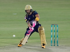 Watch: Faf du Plessis' Nasty Collision With Teammate Mohammad Hasnain In Pakistan Super League Match