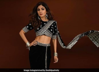 Watch: Shilpa Shettys <i>Tadka Idli</i> Seems To Be Quite A Hit With Her Team!