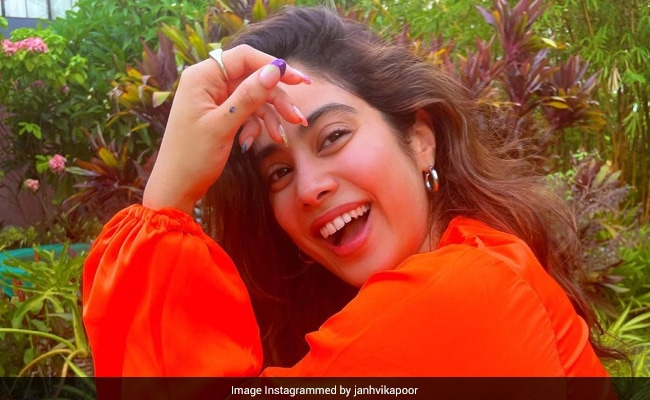 World Environment Day 2021: Janhvi Kapoor Is A Sight To Behold In These Pics. See Here